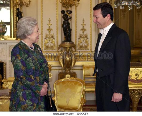 queen-uzbekistan-g4xx8y